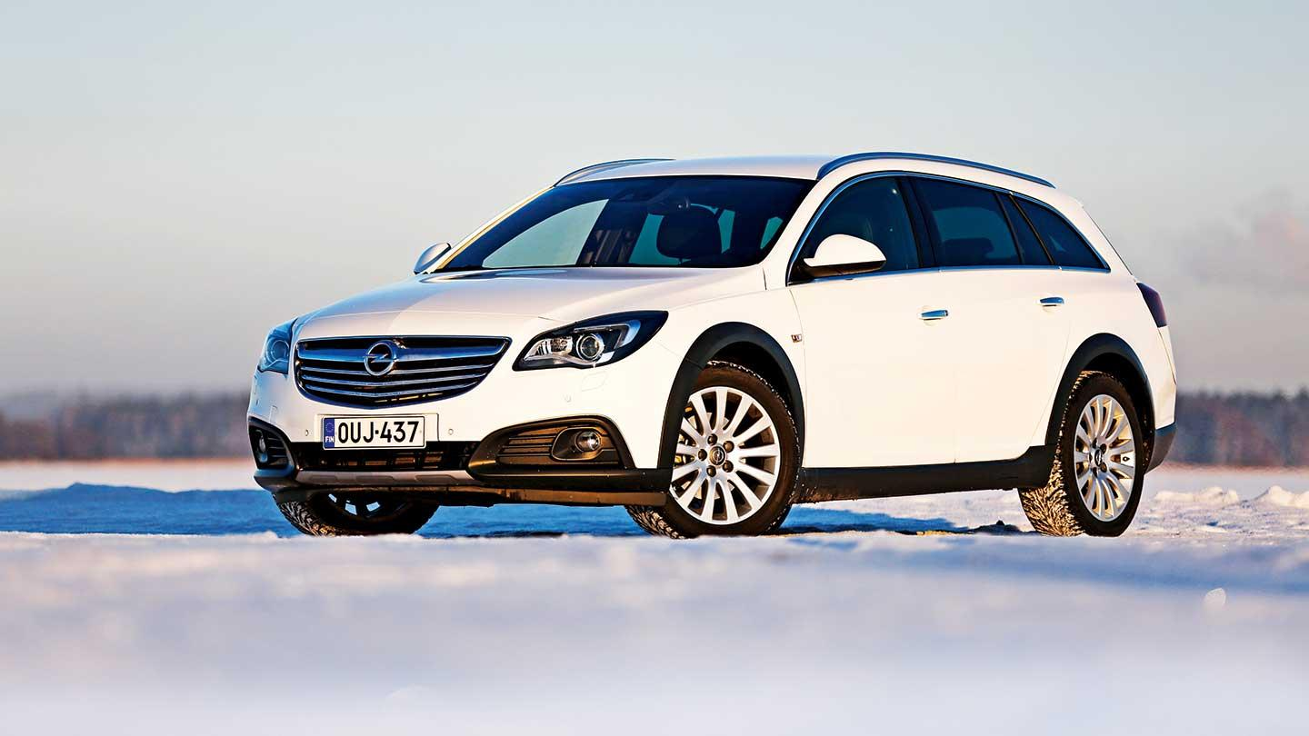 opel insignia country tourer 4x4 ct 2 0 ttid. Black Bedroom Furniture Sets. Home Design Ideas