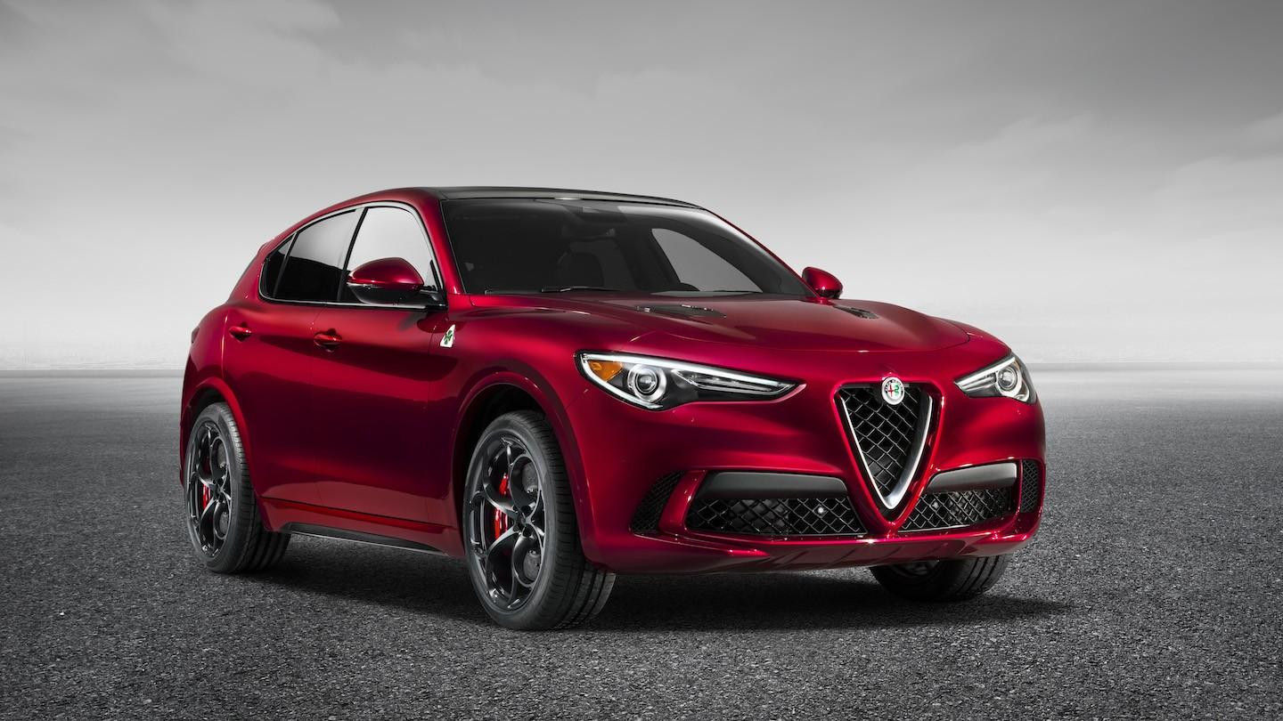 korkkareista kumppareihin alfa romeo stelvio on giulia crossoverina. Black Bedroom Furniture Sets. Home Design Ideas