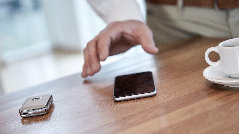 Pahvista älypuhelimeen – Trafin mobiiliajokortti kokeiluun vuoden lopussa