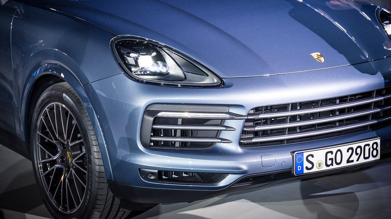 Koska maailma haluaa katumaastureita: tältä näyttää uusi Porsche Cayenne