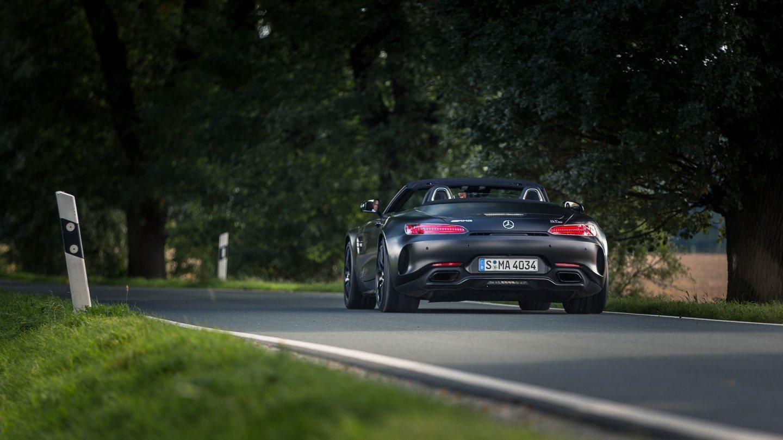 Maistiainen: Mercedes-AMG GT C Roadster – hymy edessä, ukkonen takana