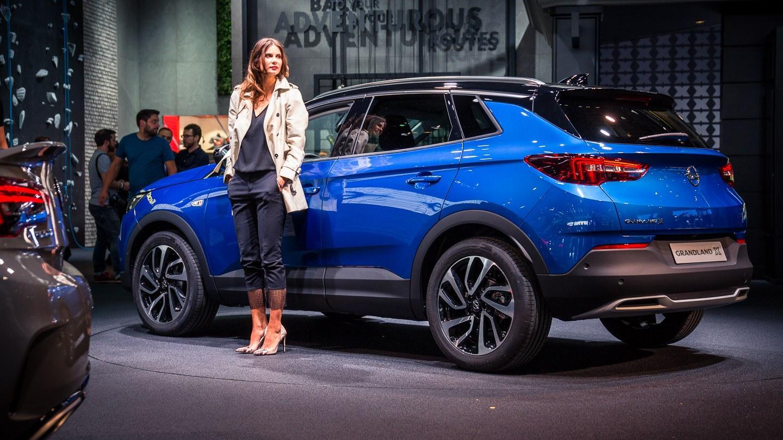 Opel Grandland X – myös ladattavana hybridinä