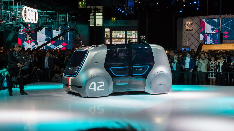 Volkswagenin pääjohtaja Matthias Müller: vuonna 2025 neljännes täyssähköautoja